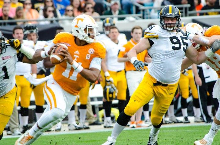 Josh Dobbs boosts confidence of the Tennessee faithful for next season
