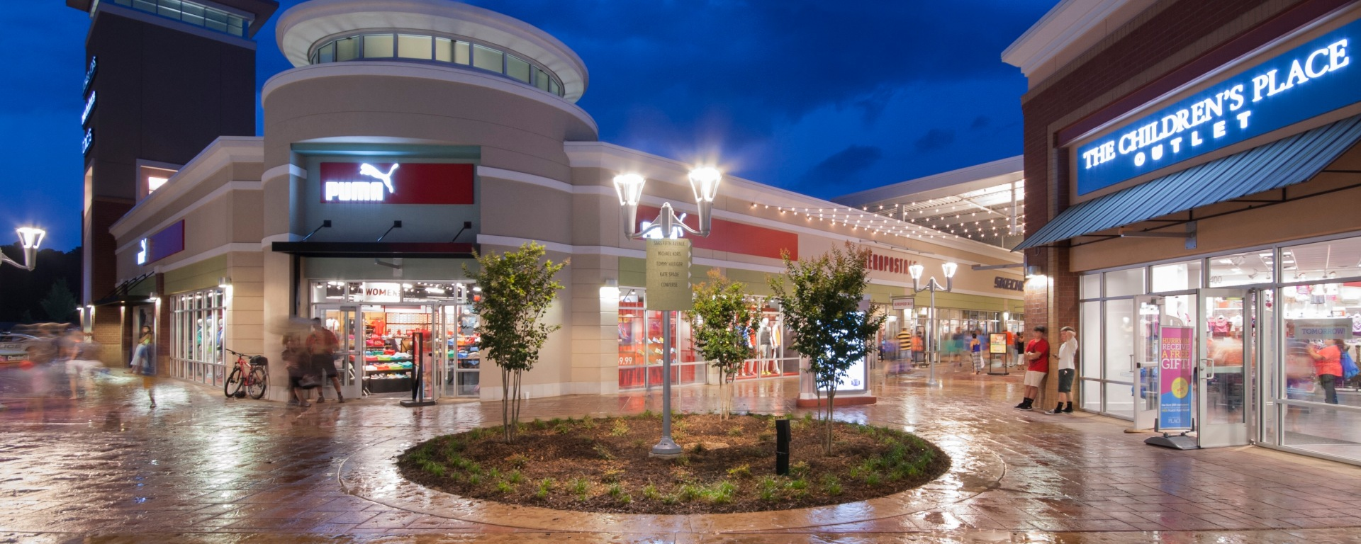 c1c12fe4077319 Black Friday Events at The Outlet Shoppes at Atlanta – THE PEACH REVIEW®