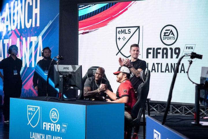 FIFA 19 launch ATL gameplay